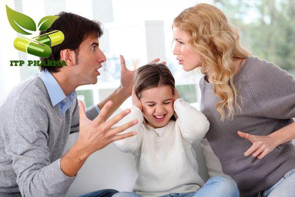 Vợ chồng cãi vã vì chồng ngoại tình