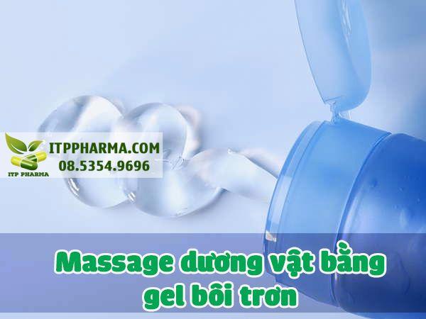 Massage bằng dầu hoặc gel bôi trơn