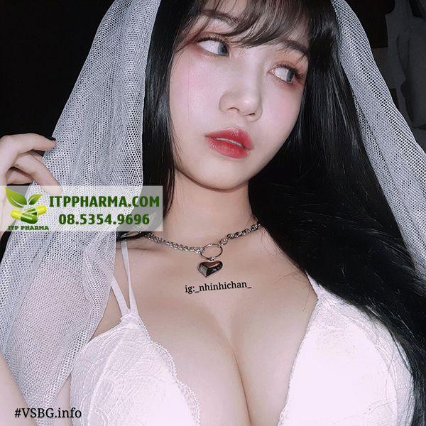 Hình ảnh Vú bự của hotgirl