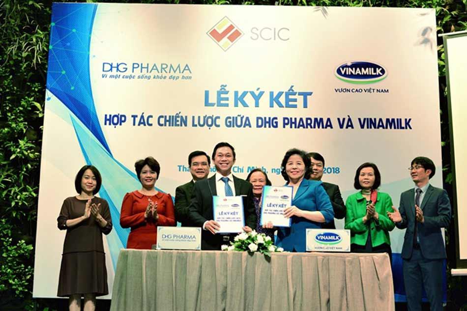 Lễ ký kết hợp tác với Công ty Vinamilk
