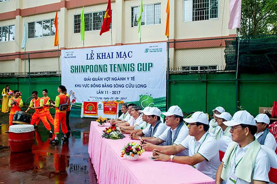 Lễ khai mạc Shinpoong Tennis Cup