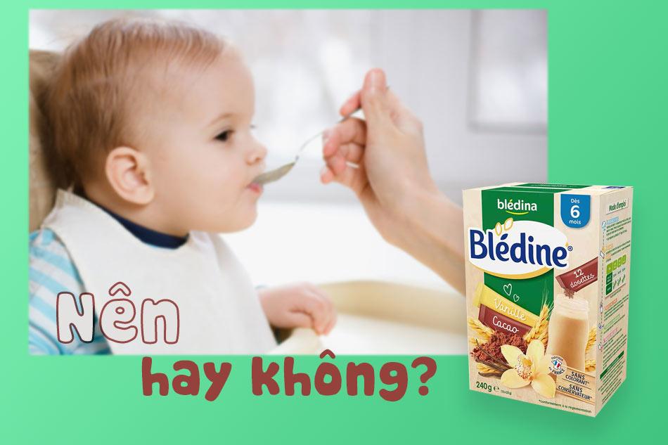 Nên hay không cho trẻ dưới 6 tháng tuổi sử dụng Bột lắc sữa