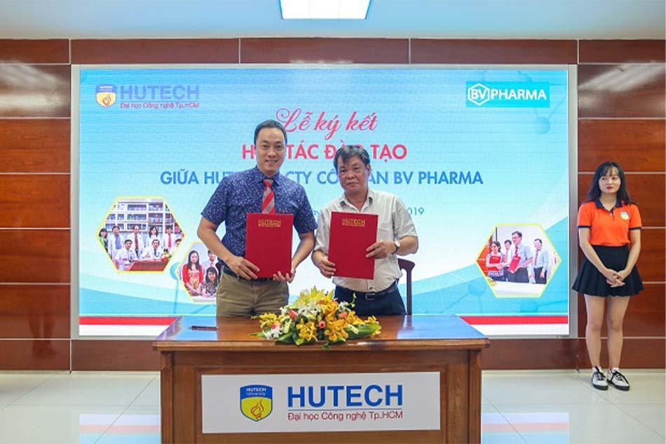 HUTECH và Công ty BV Pharma ký kết hợp tác nâng cao chất lượng đào tạo sinh viên ngành Dược