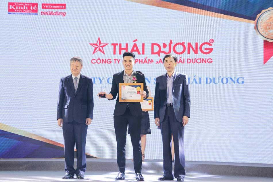 Hình ảnh buổi lễ vinh danh công ty Sao Thái Dương