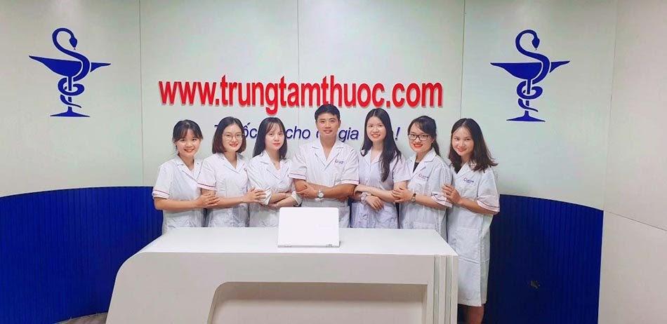 Đội ngũ dược sĩ đại học tại Trung Tâm Thuốc Central Pharmacy