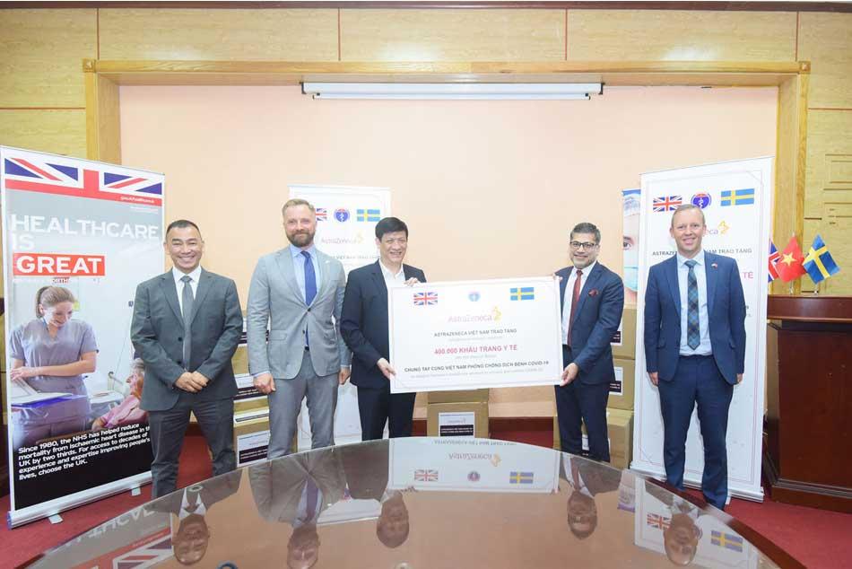 Hình ảnh lễ ký kết hợp tác giữa công ty AstraZeneca và Việt Nam