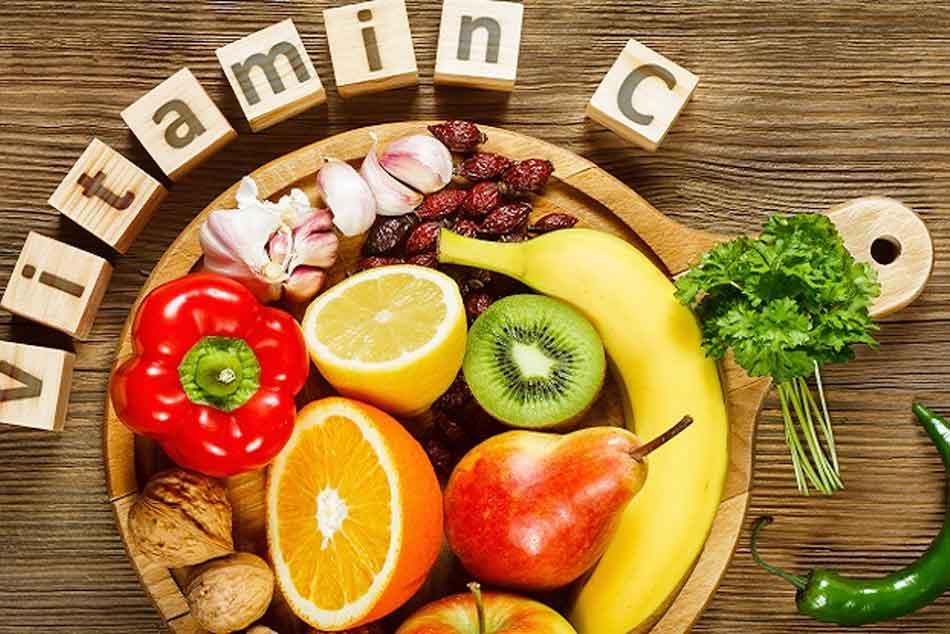 Bà bầu sau sinh mổ cần bổ sung nhiều hoa quả có chứa vitamin C