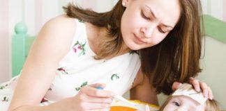 Làm thế nào để hạ sốt cho trẻ an toàn và hiệu quả nhất